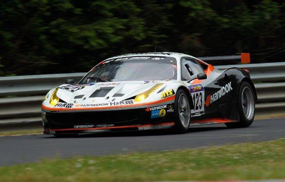 Una Ferrari trionfa al Nürbugring