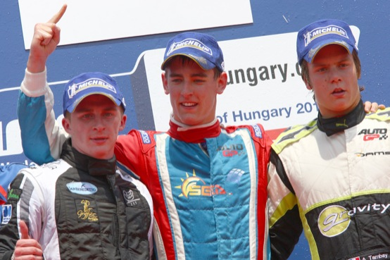 Auto GP Budapest, prima vittoria per Afanasiev, vittoria sub judice per Ceccon