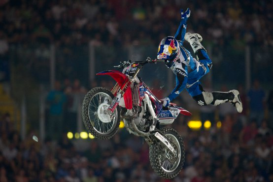 Nate Adams vince il Red Bull X-Fighters a Roma!
