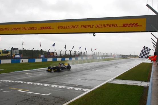 Auto GP, dominio di Lancaster e SuperNova in gara 1