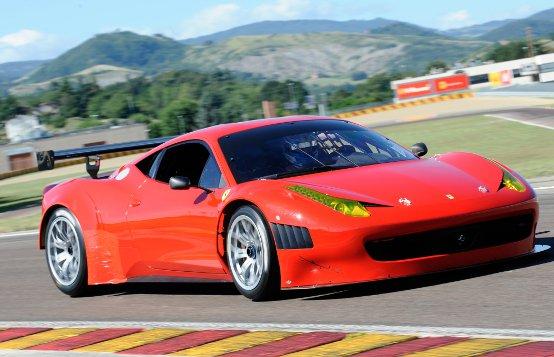 Ferrari: La 458 Italia Grand Am debutta sul circuito di Fiorano