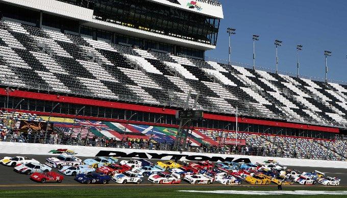 24 Ore di Daytona: Tripletta Ford-Riley, ma vince la Michael Shank Racing