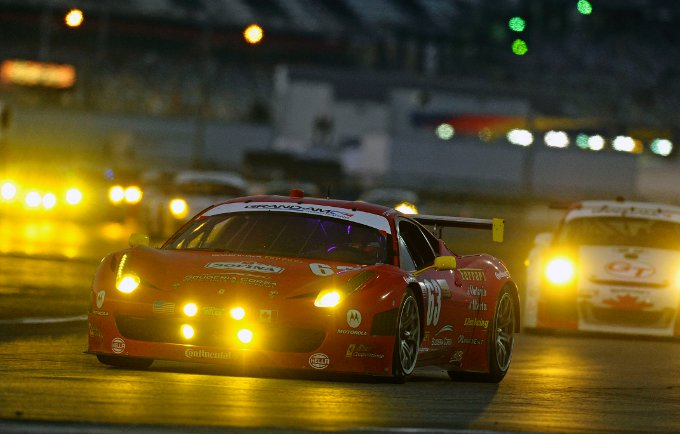 Due Ferrari nei primi dieci a Daytona