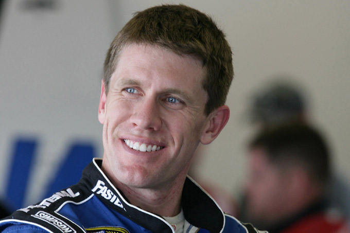 Daytona 500 – Carl Edwards si prende la pole