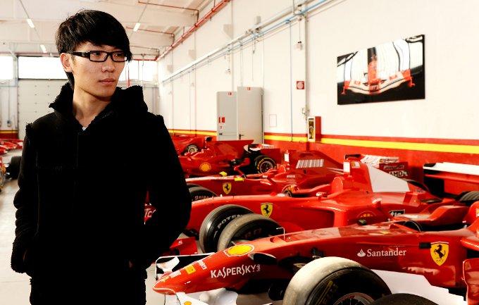Una giornata speciale per il pilota cinese Sun Zheng in visita alla Ferrari