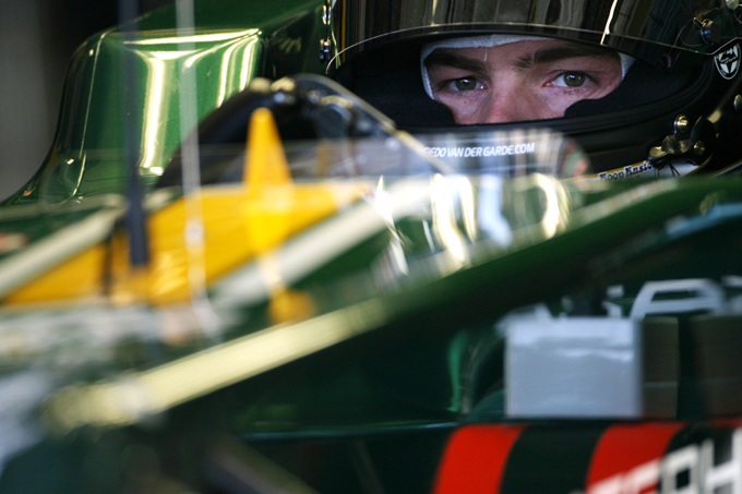 GP2 – Giedo van der Garde correrà con la Caterham Racing