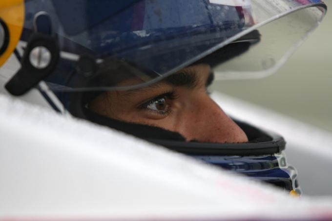 F3 – Carlos Sainz Jr il più veloce a Silverstone
