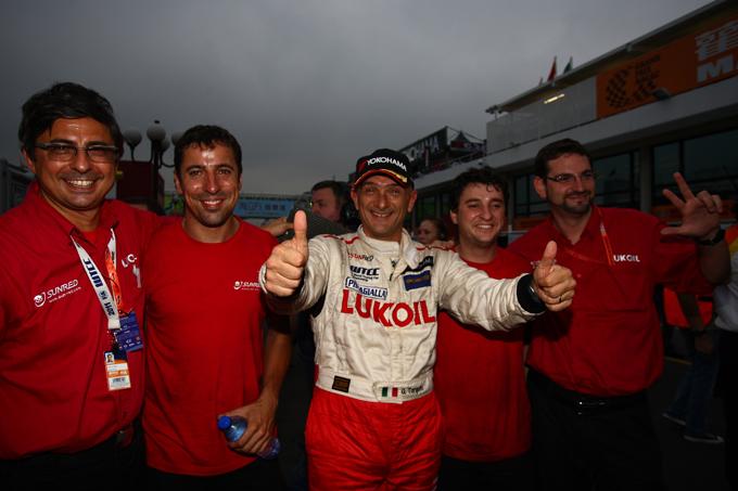 WTCC – Con Tarquini Monza si tinge d'azzurro