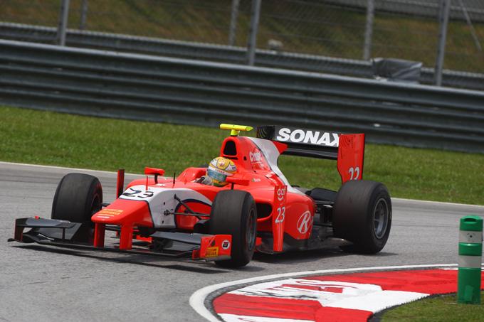 GP2 – Luiz Razia vince Gara 1, Valsecchi secondo