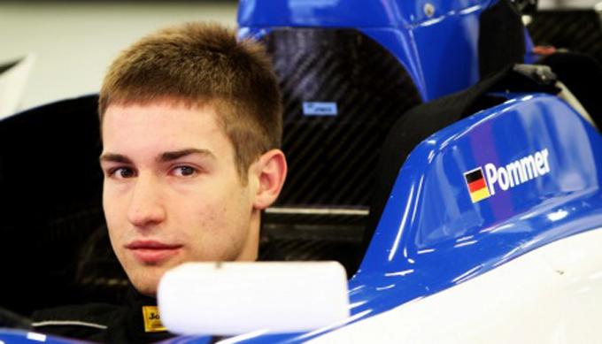 F2 – Markus Pommer domina a Silverstone