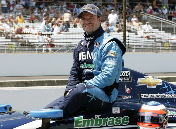 Indycar – Pole di Franchitti a Milwaukee, bene Barrichello