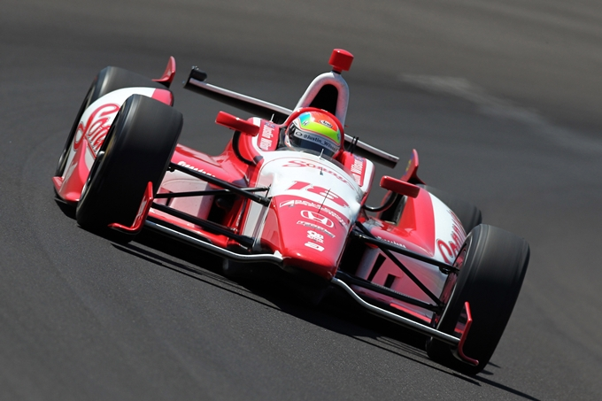 Indycar – Rahal regala la prima vittoria a Wilson