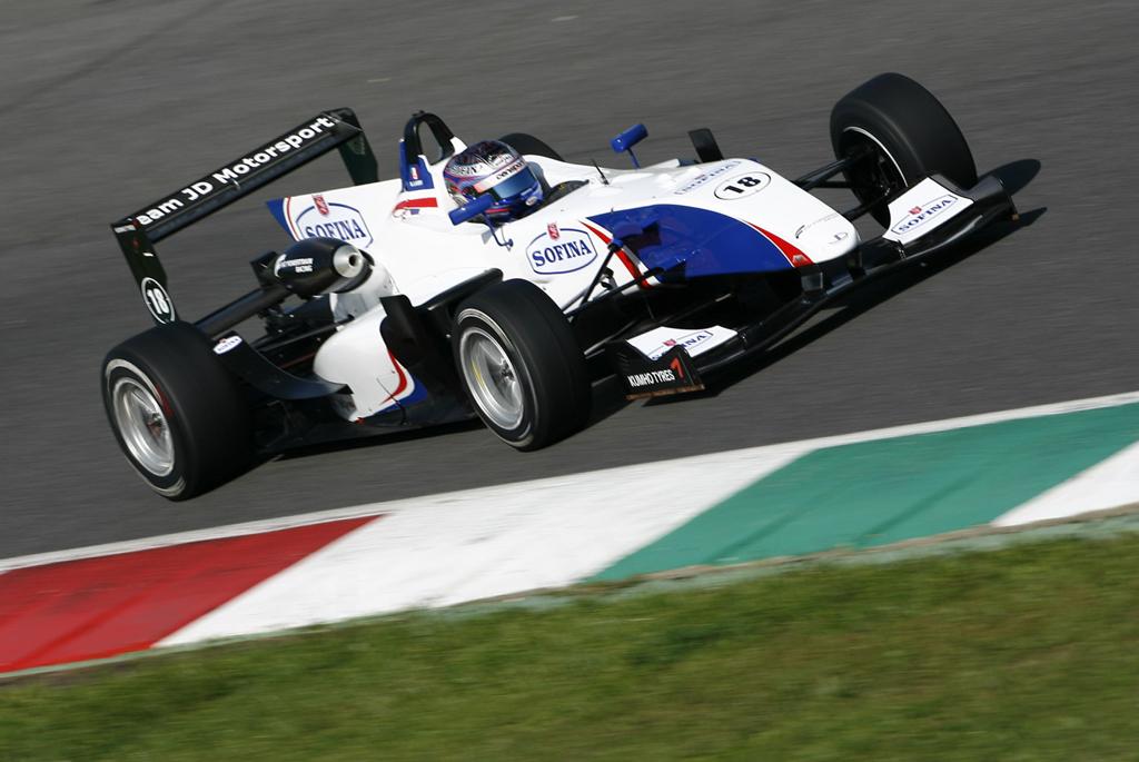 """F.3 – Nicholas Latifi """"Obiettivo Top 3 entro Monza"""""""