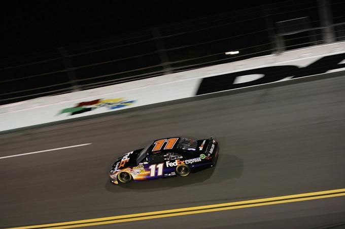 Nascar Sprint Cup – Pole di Denny Hamlin nella Brickyard 400