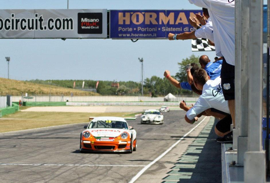 Porsche Carrera Cup: Misano, rivincita Malucelli in Gara 2
