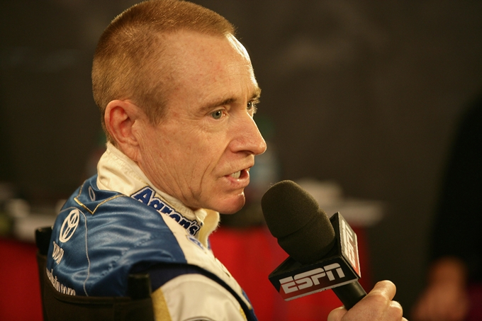 Nascar Sprint Cup – Mark Martin è il re delle qualifiche
