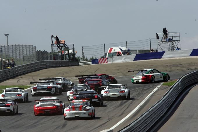 Il Campionato Italiano Gran Turismo riparte da Imola