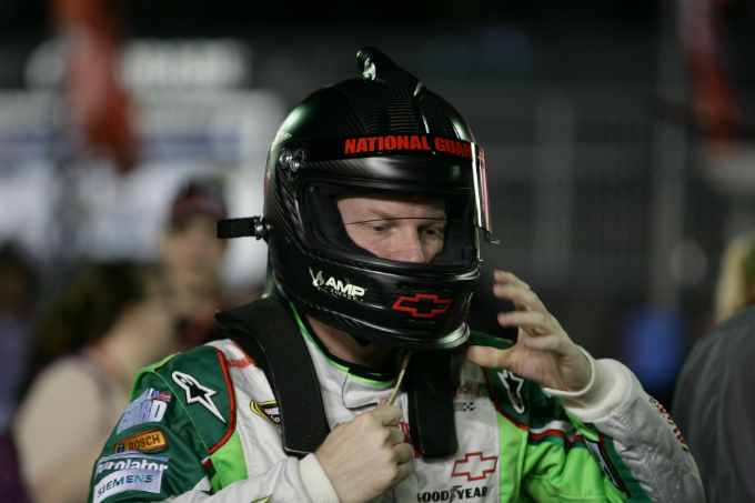 Nascar Sprint Cup – Stop forzato per Dale Earnhardt Jr.