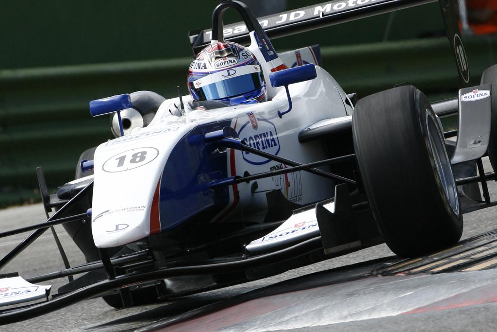 Nicholas Latifi carico per l'ultimo appuntamento di Monza
