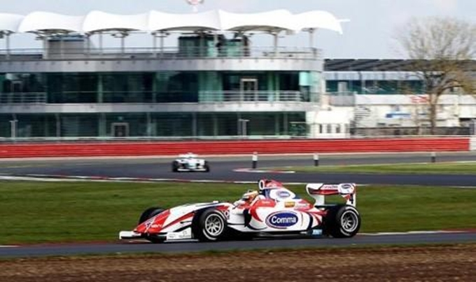F2 – Bacheta conquista podio e campionato