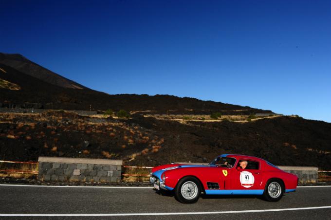 Parte il Ferrari Tribute to Targa Florio