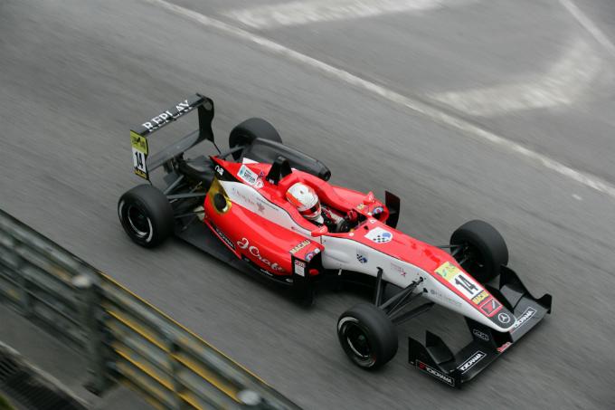 F3 – Alex Lynn con team Prema nel 2013