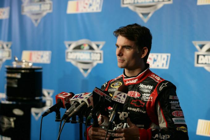 Nascar Sprint Cup – Penalizzazione e multa per Jeff Gordon