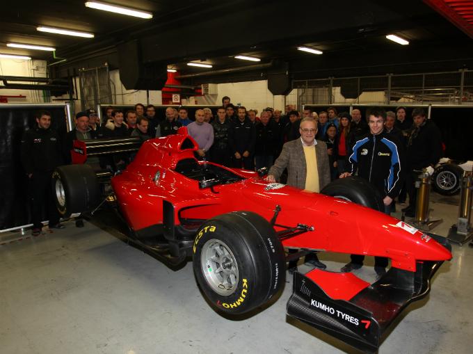 Auto GP – 16 piloti nei test di Barcellona