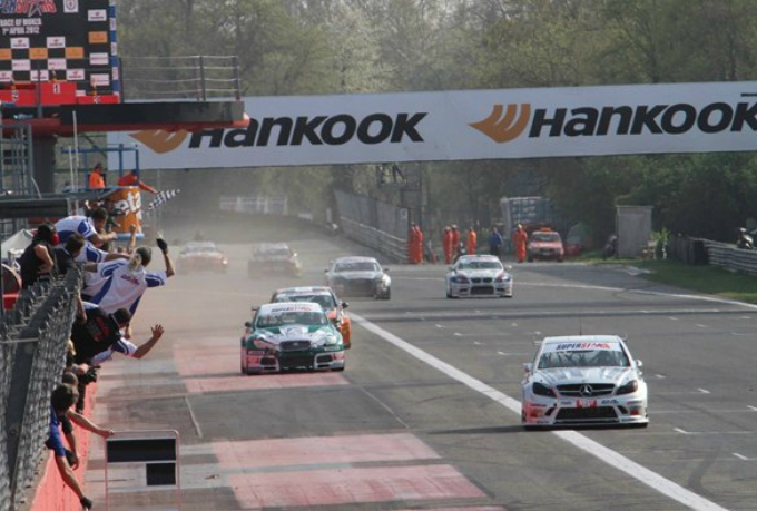 Superstars International Series – Hankook Tire entusiasta della prima stagione