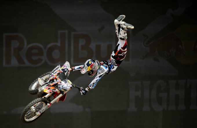 Red Bull X-Fighters World Tour – Alla caccia di Levi Sherwood