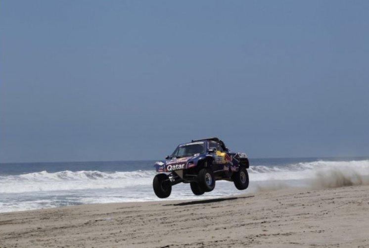 Dakar 2013 – Peterhansel sempre leader, Al-Attiyah recupera