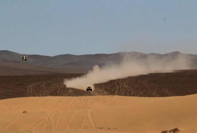 Dakar 2013 – Auto: Gordon batte Chicherit nella tappa 13