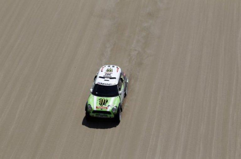 Dakar 2013 – Nelle auto guida Peterhansel, ma la terza tappa è di Al-Attiyah