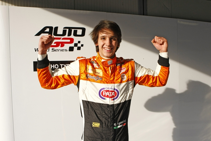Auto GP 2013 – Buona la prima per Agostini: è pole