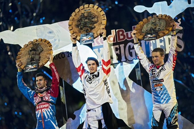 Red Bull X-Fighters 2013 – Tom Pages vince il round di apertura