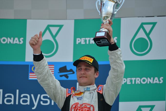 GP2 – Coletti subito leader in Malesia