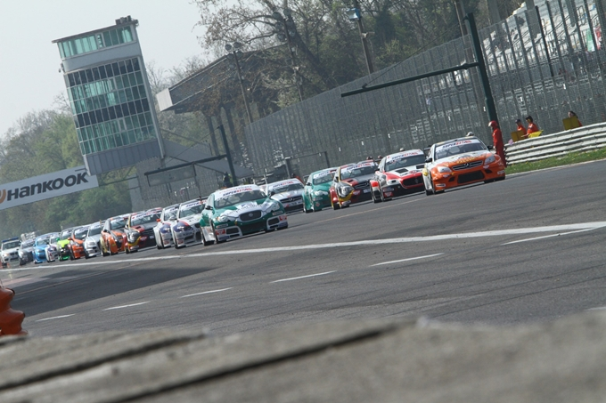 Superstars International Series – Test ufficiali a Monza il 27 marzo