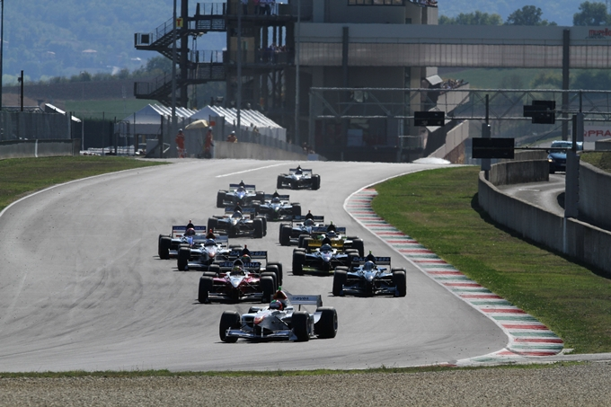 Auto GP – Pronti, partenza… Via al Mugello