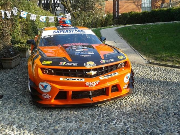 Superstars International Series – Chevrolet Camaro, spettacolare e ruggente