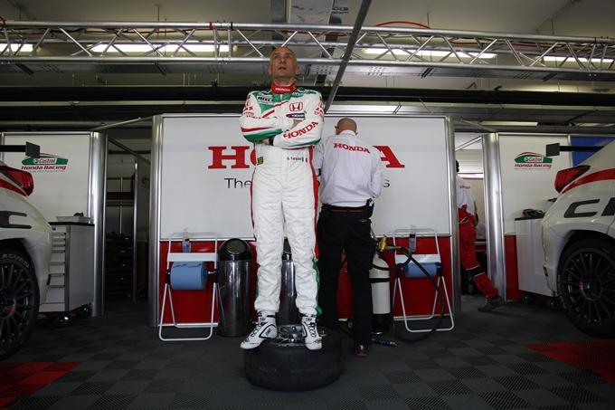 WTCC – Pole position per Tarquini allo SlovakiaRing