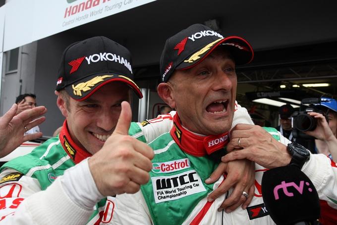 WTCC – Tarquini e Coronel mettono la firma allo SlovakiaRing