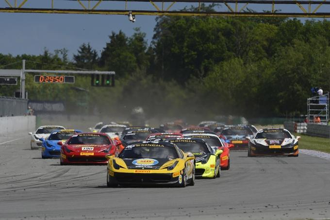 Ferrari Challenge Europa – Sauto e Mancinelli festeggiano a Brno