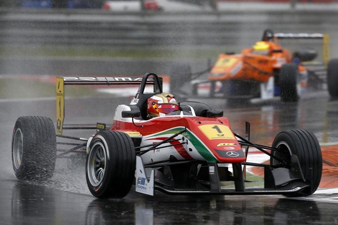 F3 – Raffaele Marciello leader anche a Brands Hatch