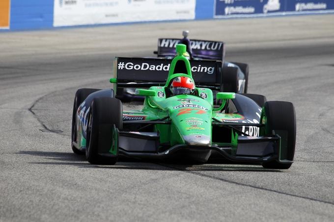 Indycar – Hinchcliffe suona la terza allo Iowa Speedway