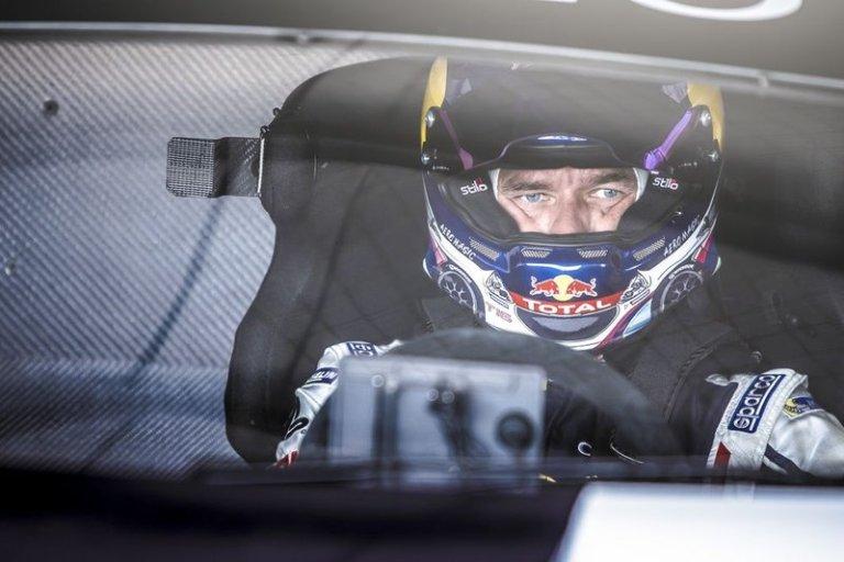 Loeb centra il record a Pikes Peak