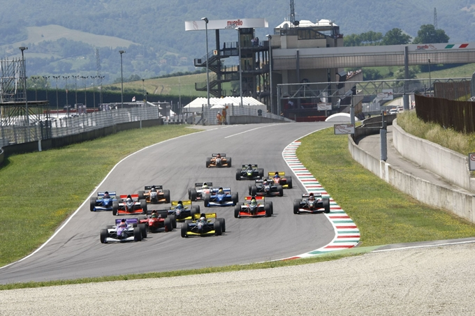 Auto GP – Nel weekend la prima volta al Nürburgring