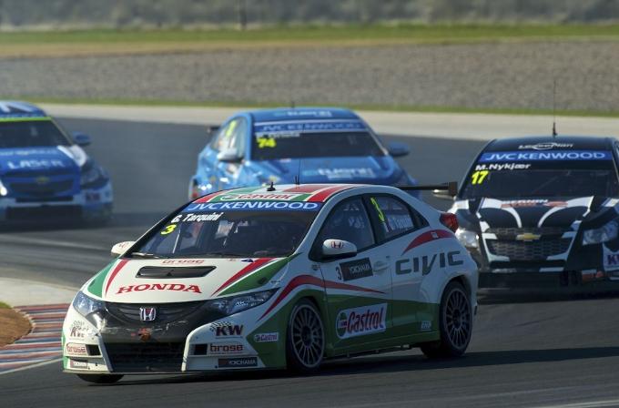 Podio e punti per Honda Civic in Argentina