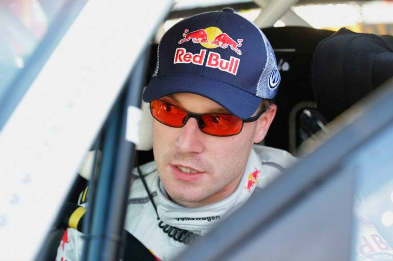 WRC – Latvala incrementa su Neuville