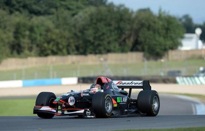 Auto GP – Sergio Campana ? il pi? veloce a Donington
