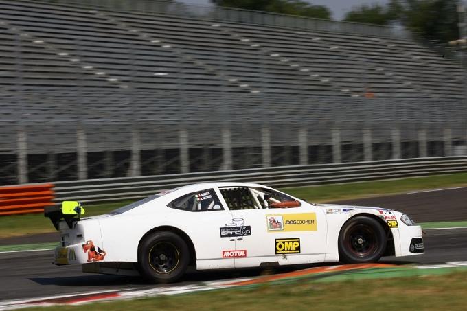 Davide Amaduzzi è il primo pilota a guidare una vettura della NASCAR Whelen All American Series a Monza